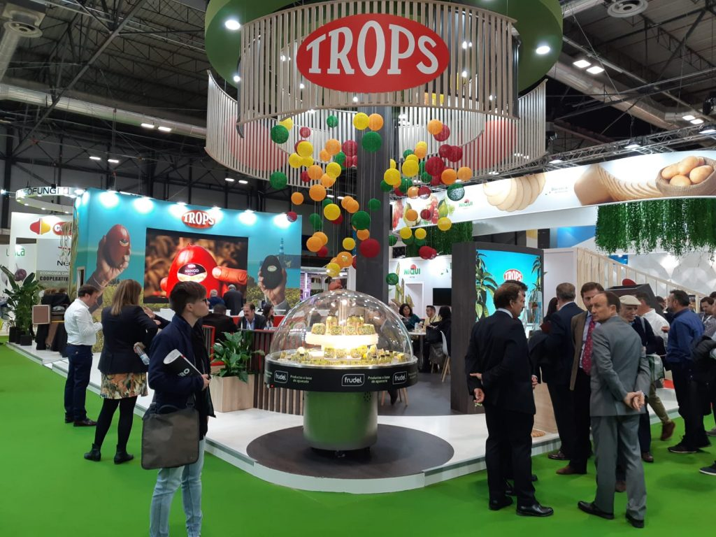 STAND TROPS FRUIT ATTRACTION