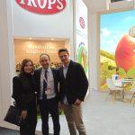 Visita de la concejala de Agricultura, Mª José Roberto, y de Carlos Tello del Ayuntamiento de Vélez-Málaga